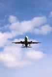 喷气机着陆 免版税库存照片