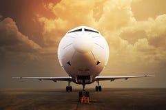 喷气机飞机停车处在机场 库存照片