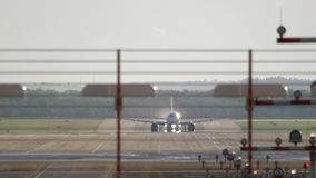 喷气机飞机离开 股票视频