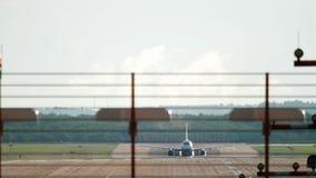 喷气机飞机离开 影视素材