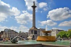 喷泉伦敦方形trafalgar 图库摄影