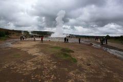 喷泉冰岛strokkur 图库摄影
