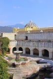 喷泉危地马拉 免版税库存照片