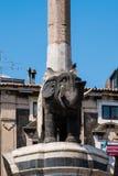 喷泉叫Liotru,卡塔尼亚,西西里岛 库存照片