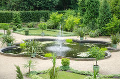 喷泉和庭院从18世纪 免版税库存图片