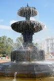 喷泉和鸽子 图库摄影