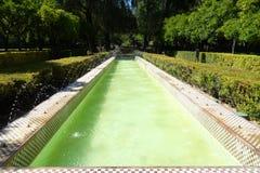 喷泉在公园玛丽亚路易莎公园,塞维利亚 免版税库存图片