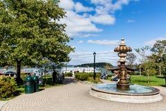 喷泉在巴港 免版税库存图片