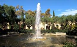 喷泉在帕劳Nacional后的巴塞罗那 库存图片