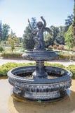 喷泉在庭院圣地亚哥做智利 库存照片
