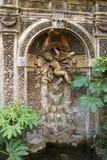 喷泉在马尔他骑士团的庭院里 库存照片