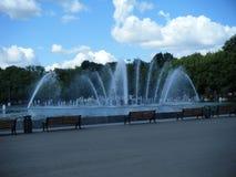 喷泉在高尔基公园 免版税库存照片