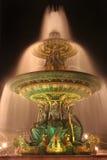喷泉巴黎 免版税库存图片