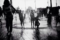 喷泉幸福 免版税库存图片