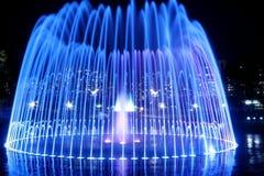 喷泉晚上 免版税图库摄影