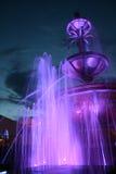 喷泉晚上 库存图片