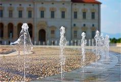 喷泉正方形 免版税库存照片