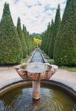 喷泉的数量的看法在金字塔形tui里面的同水准的 免版税库存照片