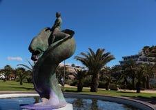 喷泉的雕塑在Spanis海岛Cran卡纳里亚上的Maspalomas 免版税库存图片