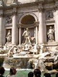 喷泉罗马trevi垂直 免版税图库摄影
