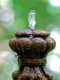 喷泉老石头 库存图片