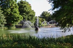 喷泉莫斯科公园tsaritsino 免版税图库摄影