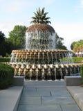 喷泉菠萝 免版税库存照片