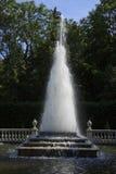 喷泉金字塔, Peterhof 免版税图库摄影