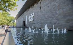 喷泉,维多利亚(国际),墨尔本,澳大利亚国家肖像馆  免版税库存图片