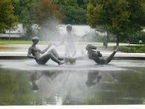 喷泉, Grassalkovich宫殿,布拉索夫,斯洛伐克庭院  图库摄影