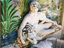 喷泉细节在Estoi宫殿庭院里  库存图片