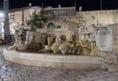 喷泉-黄道带标志-在Kedumim广场Tel的Aviv-Yafo老城市的Yafo在以色列 库存图片