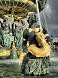 喷泉巴黎海运 库存照片