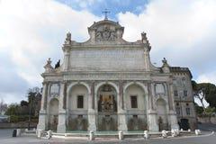 喷泉dell'Acqua Paola在罗马。 库存照片