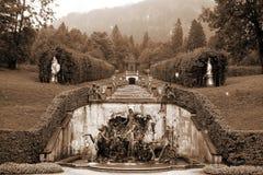 喷泉linderhof海王星schloss 库存图片