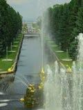 喷泉petrodvorets 免版税库存照片