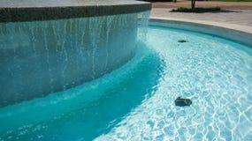 喷泉sideview 免版税图库摄影