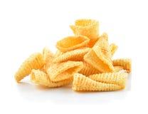 嘎吱咬嚼的玉米快餐 图库摄影