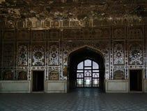 嘘拉合尔堡垒的玛哈尔宫殿在巴基斯坦 免版税库存照片