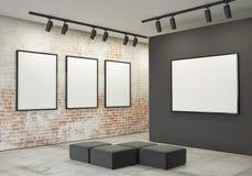 嘲笑海报框架和帆布在画廊内部背景中, 免版税库存照片