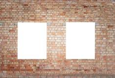 嘲笑 两个空白的垂直的广告牌,海报框架,做广告在砖墙上 库存图片