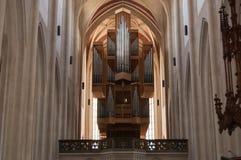 器官在教会里 免版税库存图片