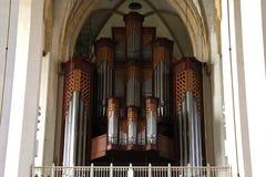 器官管在Frauenkirche在慕尼黑,德国 免版税库存图片