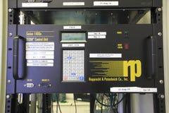 仪器工作测量的微粒物质在天空中 免版税图库摄影