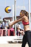 噬菌体 沙滩排球比赛妇女 地点:Ostia,罗马 意大利 库存照片