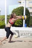 噬菌体 沙滩排球比赛妇女 地点:Ostia,罗马 意大利 免版税库存照片