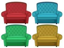 四个五颜六色的长沙发 向量例证