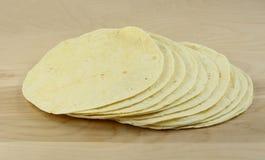 四个玉米粉薄烙饼 库存照片