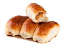 四个自创饼用在白色背景隔绝的圆白菜 免版税库存照片