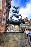 四位布里曼音乐家的著名雕象 免版税库存图片